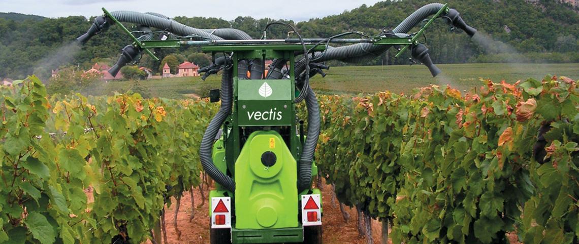 Viticulture, Garage Petit - Collin, réparation et vente de matériel viticole Tecnoma dans la Marne, 51